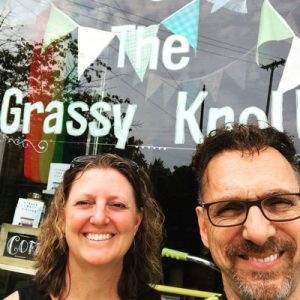 janet-and-fred-outside-grassy-knoll-cbd-shop